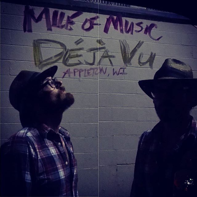 @mileofmusicfest @dejavuappleton 10:30 At capacity so get in line now!